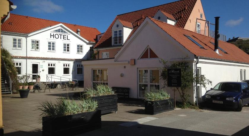 Booking.com: Hotel Marinella - Lønstrup, Danmark