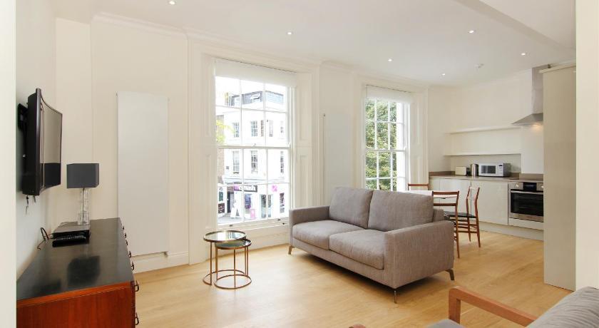 London Escorts Near London Lifestyle Apartments - Chelsea
