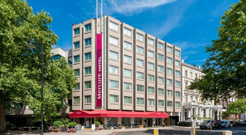 London Escorts Near Mercure London Kensington Hotel