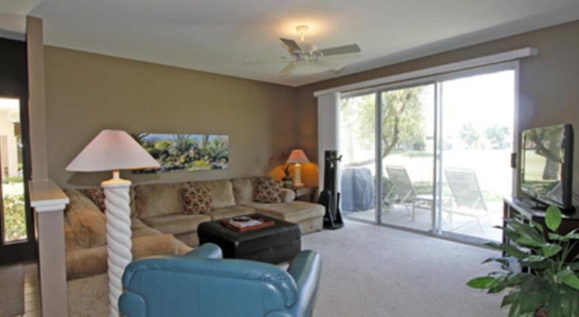 La quinta condo rental room 112 ca for Apartment rental rules