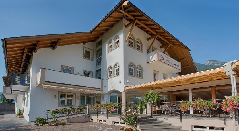 Garni hotel sonnleitenhof kaltern italien for Hotel kaltern