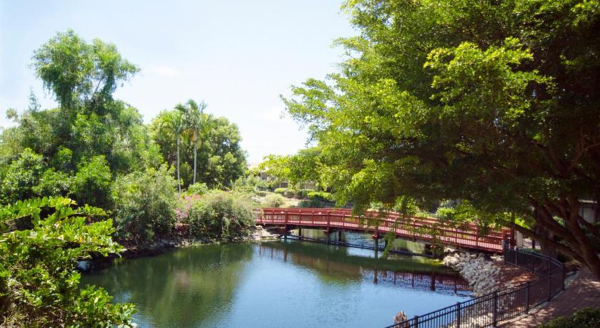 Park Shore Resort Picture