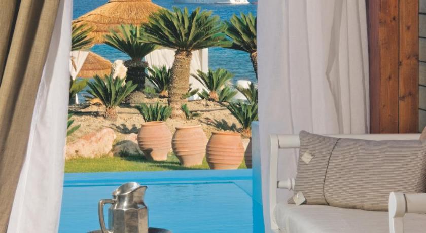 Гостиницу в Линдос на берегу моря недорого