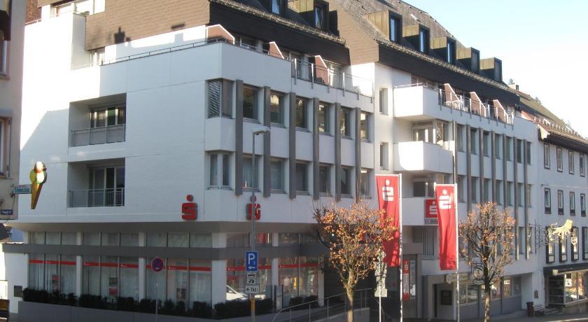 Hotel garni central triberg germany for Central de reservation hotel