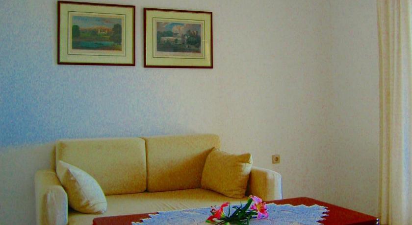 Spiros Studios, Hotel, Lichnos, Parga, 48060, Greece