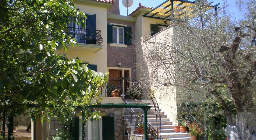 Vasiliki Studios, Hotel, Petra, Lesvos, 81109, Greece