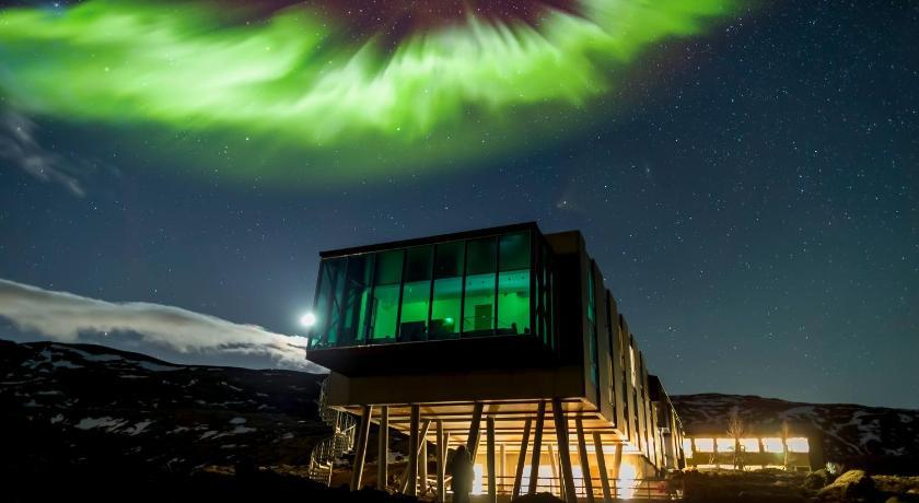 ion adventure hotel nesjavellir iceland. Black Bedroom Furniture Sets. Home Design Ideas