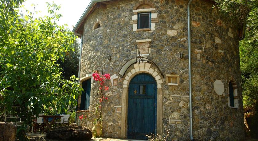 Musician'S Round House, Hotel, Vatos, Corfu, Ionian islands, 49100, Greece