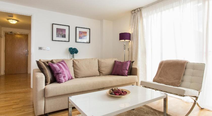 Blackheath Hill Apartment