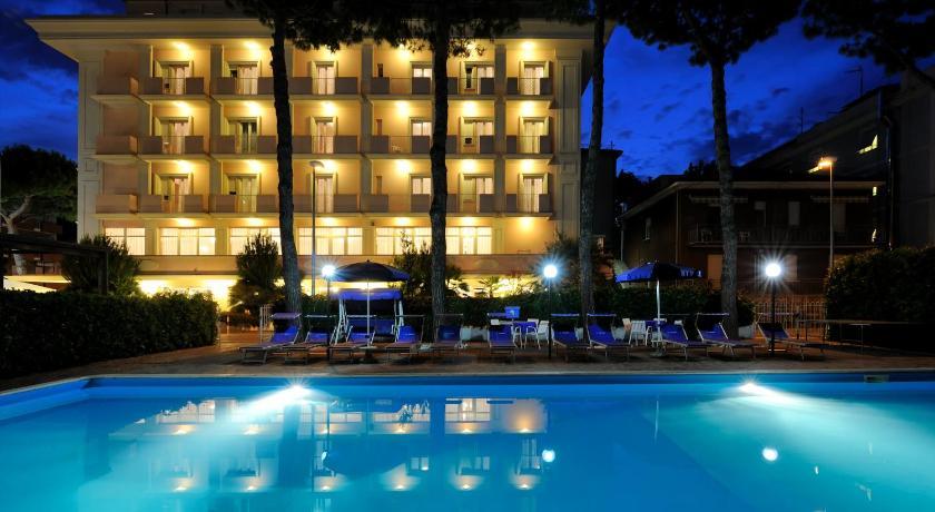 Hotel Tiffany (Rimini)
