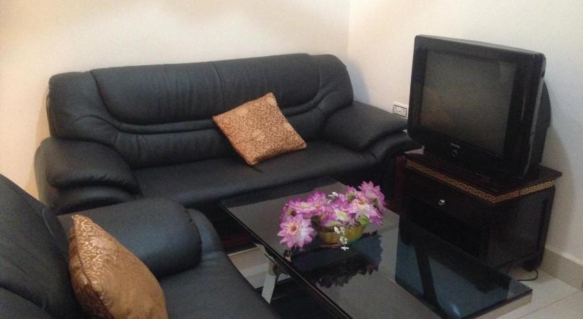 terrasse dodoma. Black Bedroom Furniture Sets. Home Design Ideas