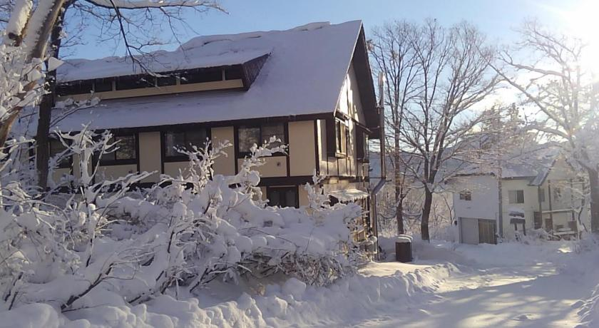 Funky Monkey Lodge Myoko-Akakura