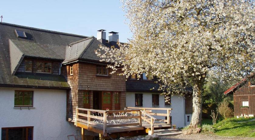 Landhaus stallungen modernes einfamilienhaus pool
