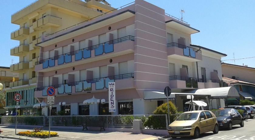 Hotel Ridens (Rimini)