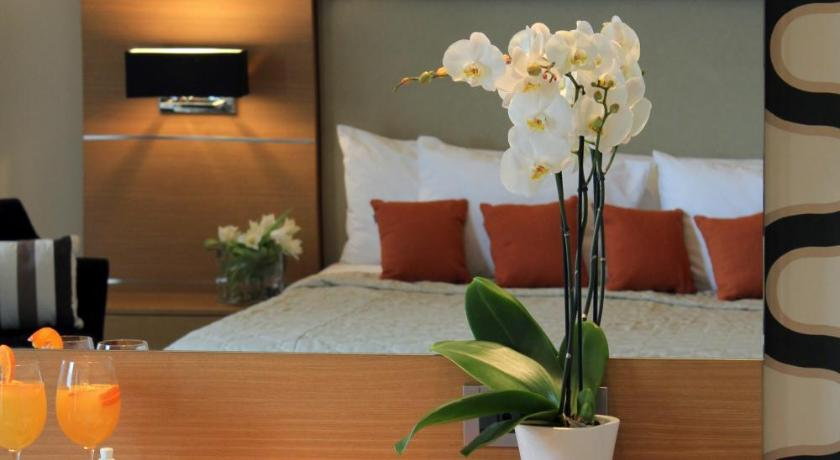 Elektra Hotel & Spa, Hotel, Psaron 152 & Bouboulinas, Kalamata, 24100, Greece