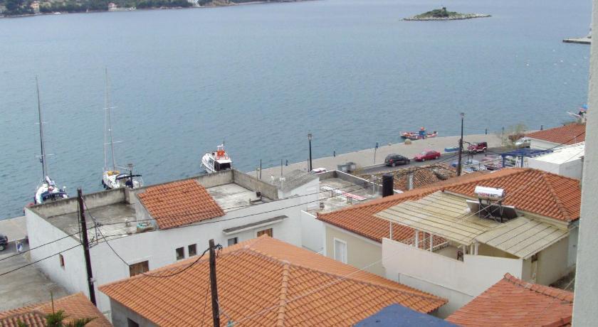 Pension Meteora, Hotel, Glykofilousis 5 , Skiathos , 37002, Greece