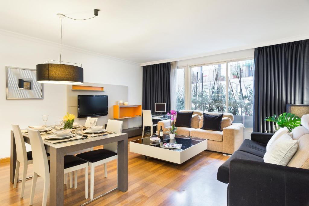 Apartamentos paal barcelona ronda espanha barcelona - Apartamentos en barcelona booking ...