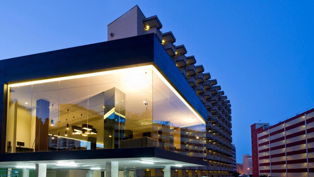 Отель азия в бенидорме испания