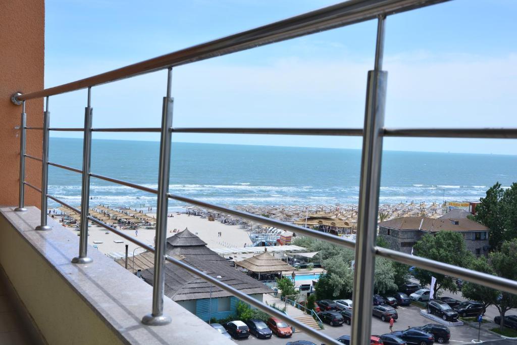 Rubin apartments summerland rom nia mamaia for 7 summerland terrace
