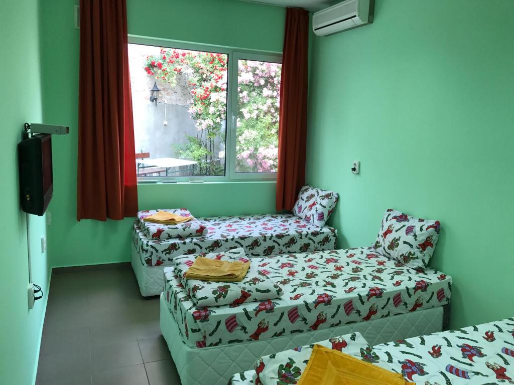 Lucky Rent Guesthouse