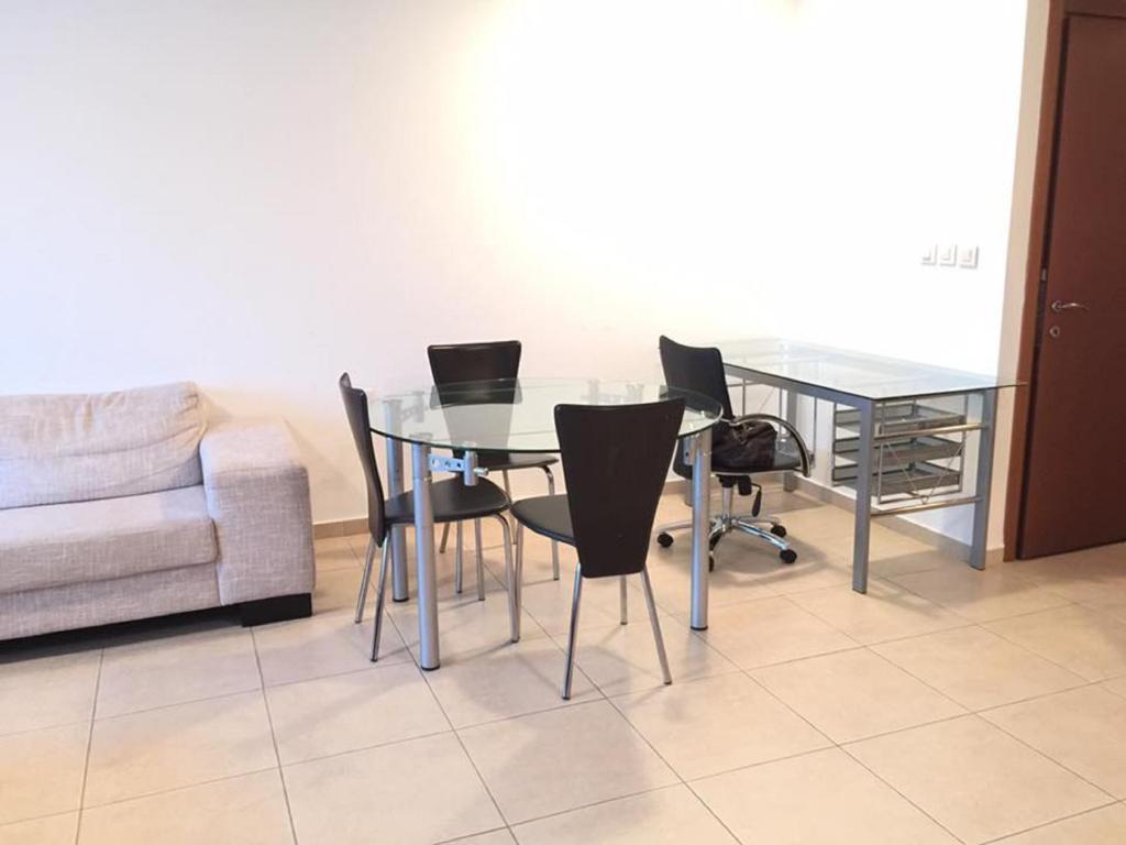 סופר דירת 3 חדרים בהרצליה פיתוח, הרצליה – מחירים מעודכנים לשנת 2019 MC-46