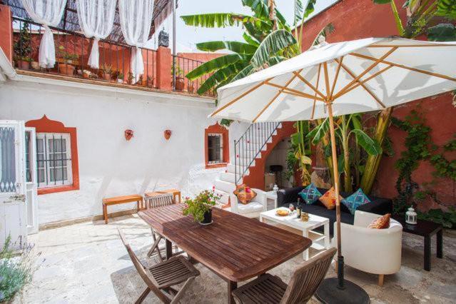 Casa de temporada aptel patio andaluz espanha jerez de la - Fotos patio andaluz ...