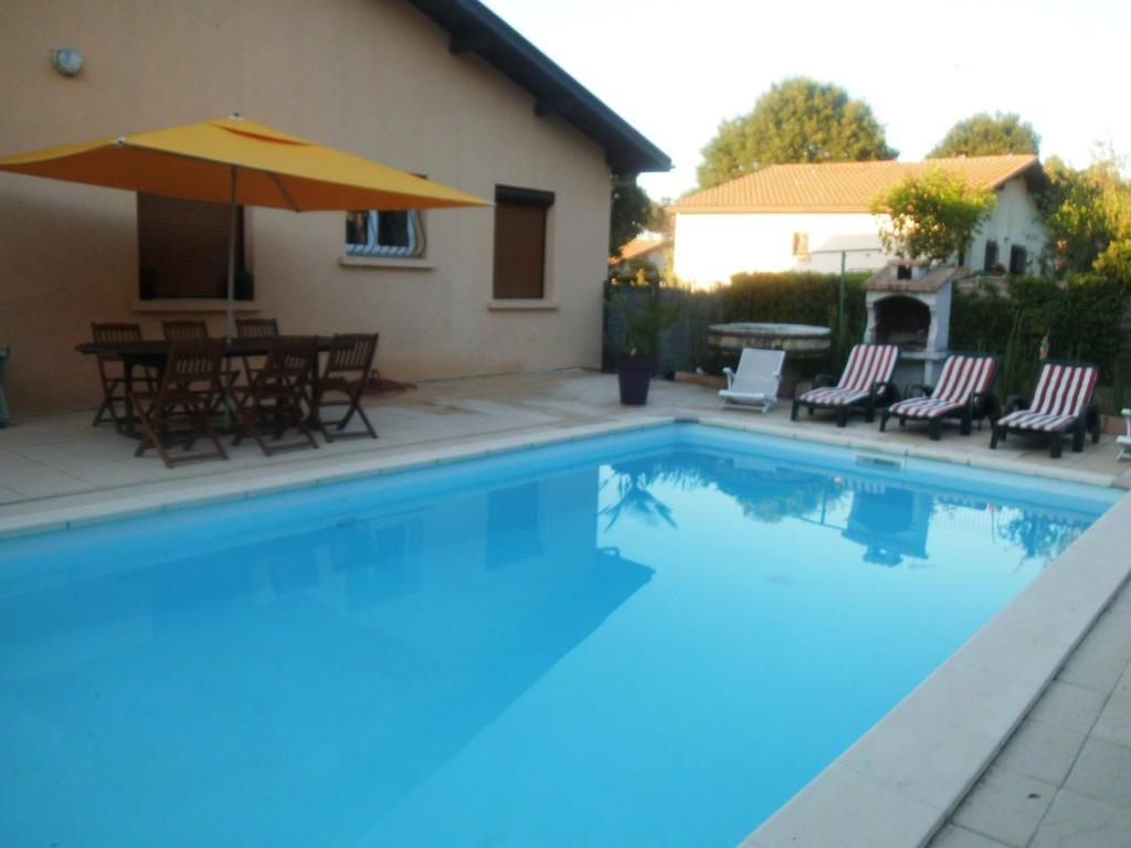 Casa de temporada maison avec piscine priv e fran a for Hotel a dieppe avec piscine