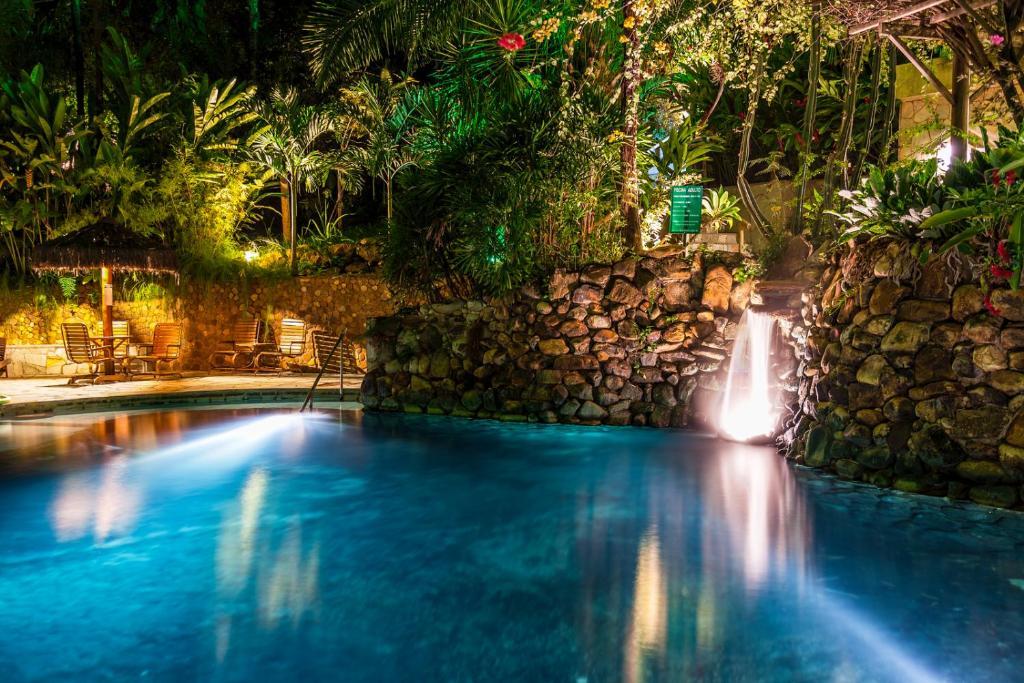 A piscina localizada em Hotel Parque Das Primaveras ou nos arredores