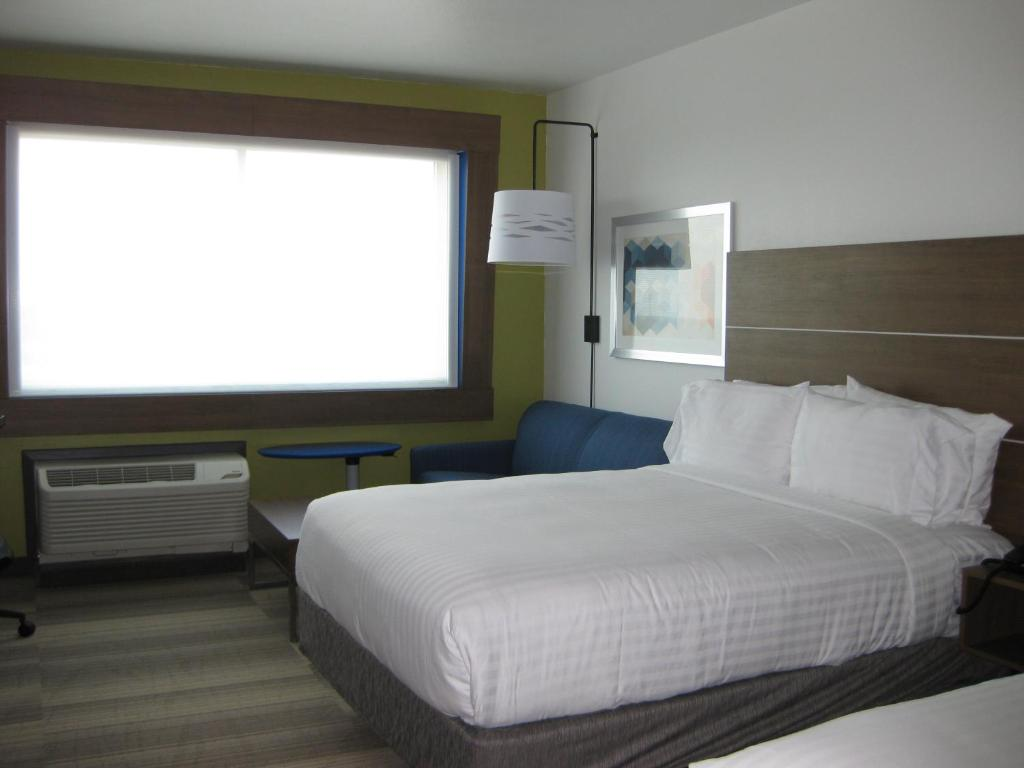 Holiday Inn Express & Suites - Houston NW - Cypress Grand Pky