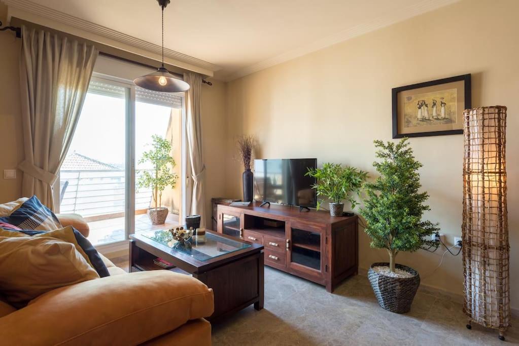 Apartamento penthouse benalm dena puerto marina espanha for Apartamentos puerto marina