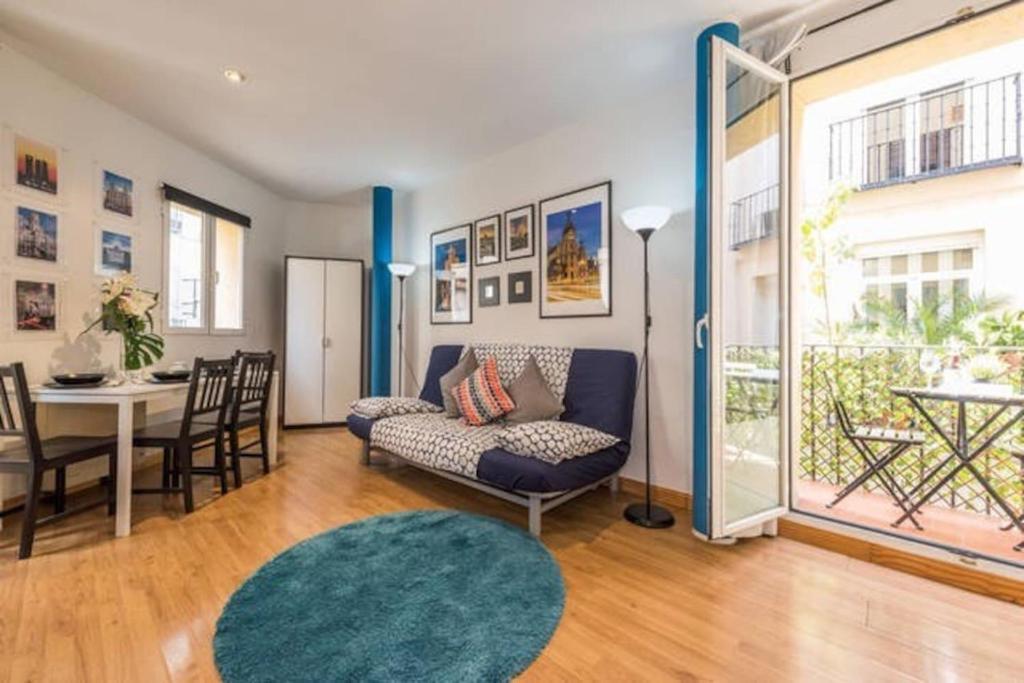 Apartamento calle barcelona espa a madrid for Alojamiento en barcelona espana