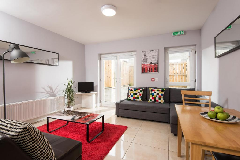 103962970 - Giant Serviced Apartments