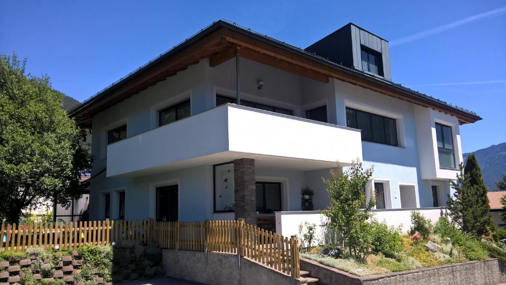 Apartamento Haus Lena (Áustria Tarrenz) - Booking.com