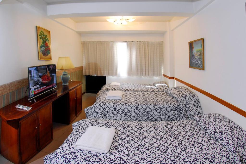 Art deco hotel suites argentina buenos aires for Art deco hotel buenos aires