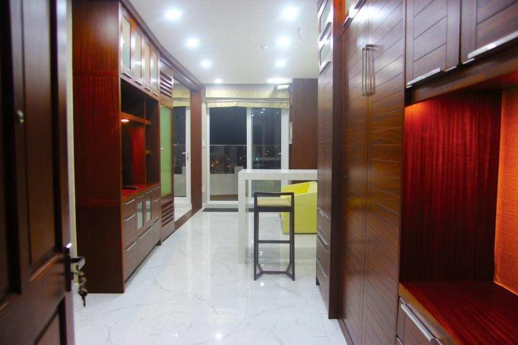 Thuy Tien Sea View Apartment 1011 & 1012
