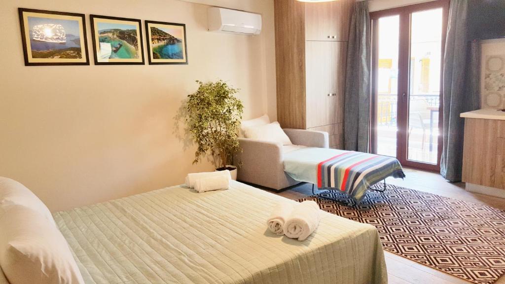 <div data-et-view=NAFQCDCcdXDPdFO:1</div Babis Apartments