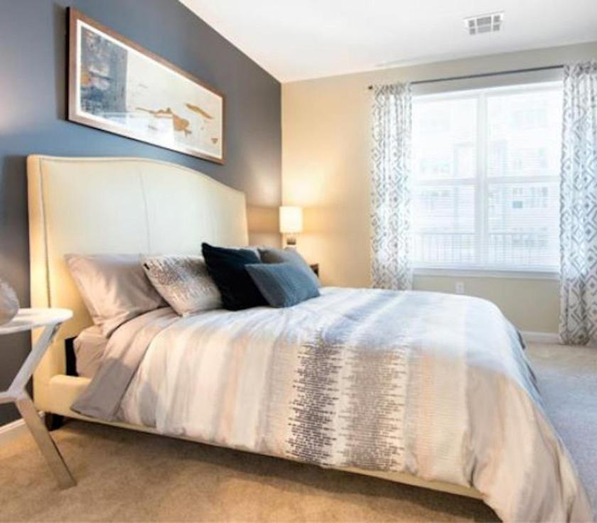 Quincy apartment private bed bath eua quincy for Appart hotel quincy