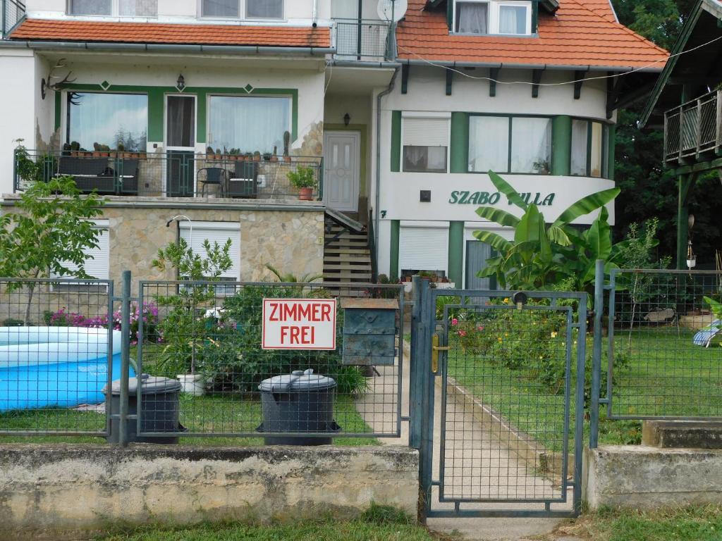 <div data-et-view=NAFQCDCcdXDPdFO:1</div Sabo Apartments