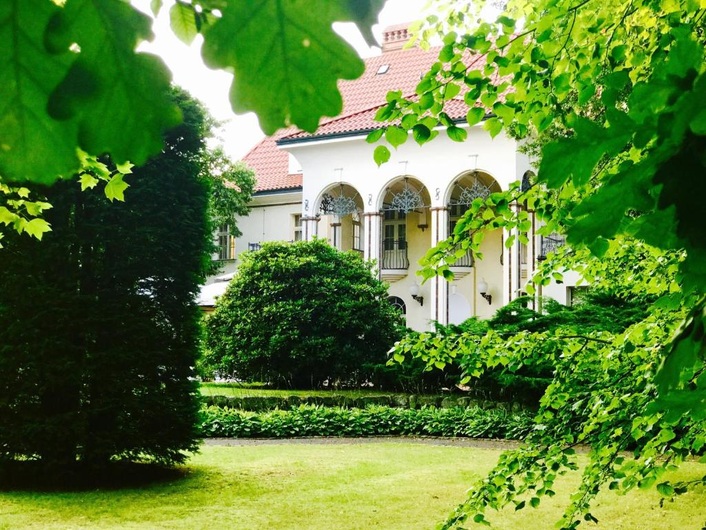 Rezydencja Polonia Legnica Bookingcom