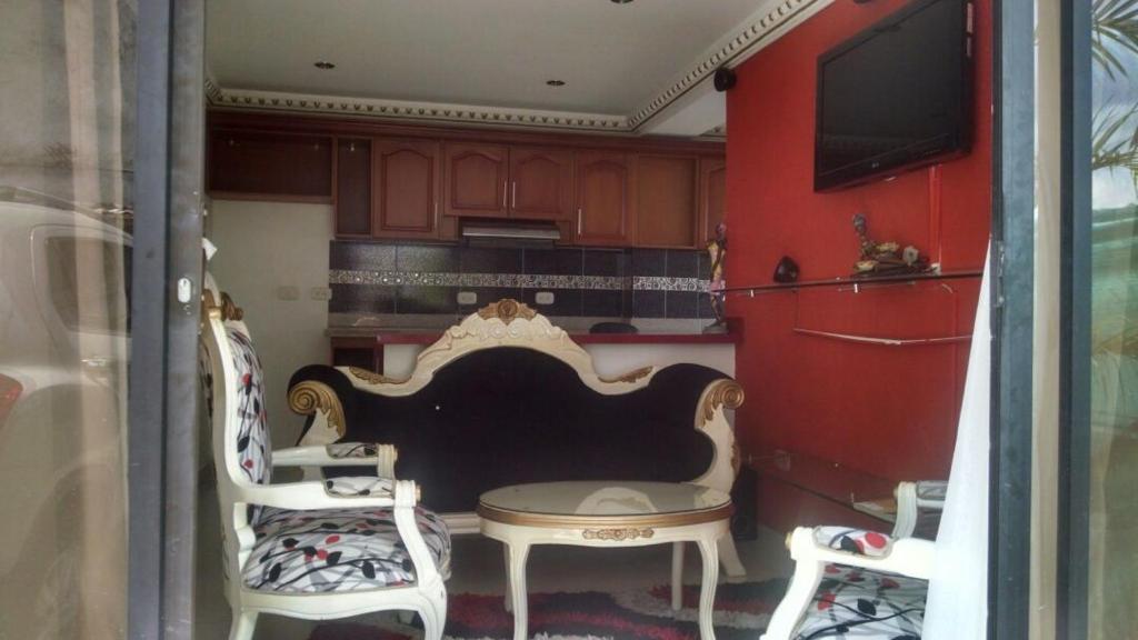 <div data-et-view=NAFQCDCcdXDPdFO:1</div Hotel Dicaro&#39;k