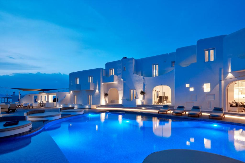 Absolut mykonos suites more hotel in mykonos town for Design hotels griechenland