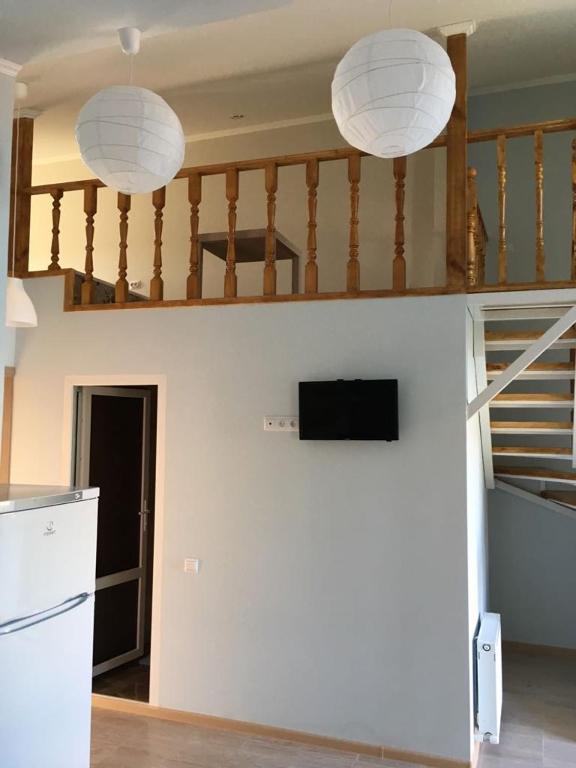 Mini-Hotel on Stroiteley 10A