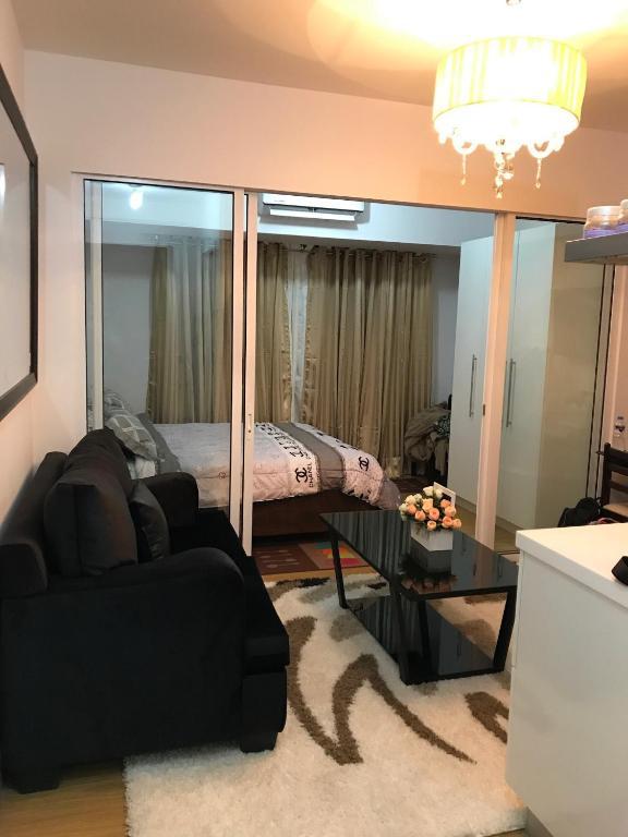 Elegant 1BR Acqua Private Residences in Rockwell