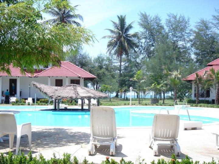 Hotel Sudara Beach Resort
