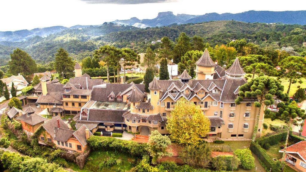Resultado de imagem para Castelo Nacional Inn