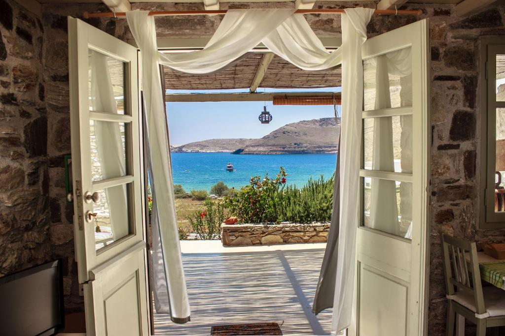 Serifos Dream Houses Near The Sea  Hotel In Ganema
