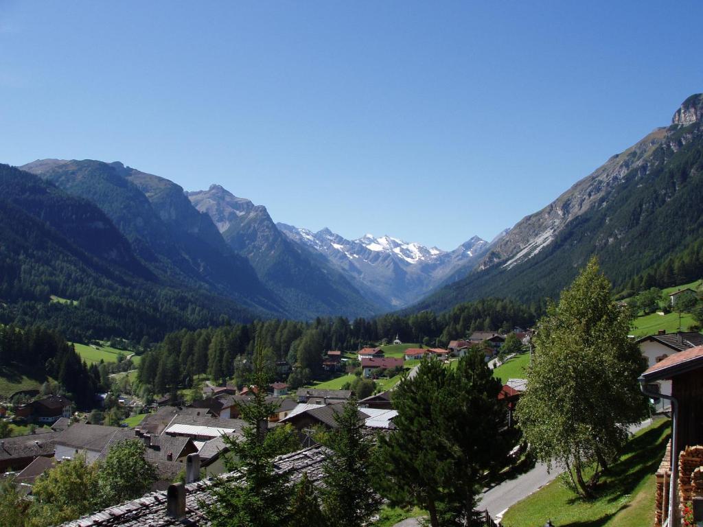 Ferienwohnung Haus Sonnleite (Österreich rins) - Booking.com