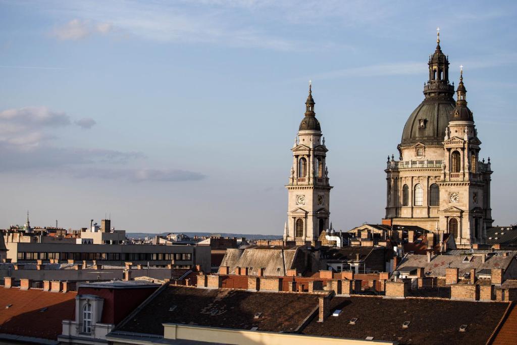 115649141 - The Grand Budapest Apartment