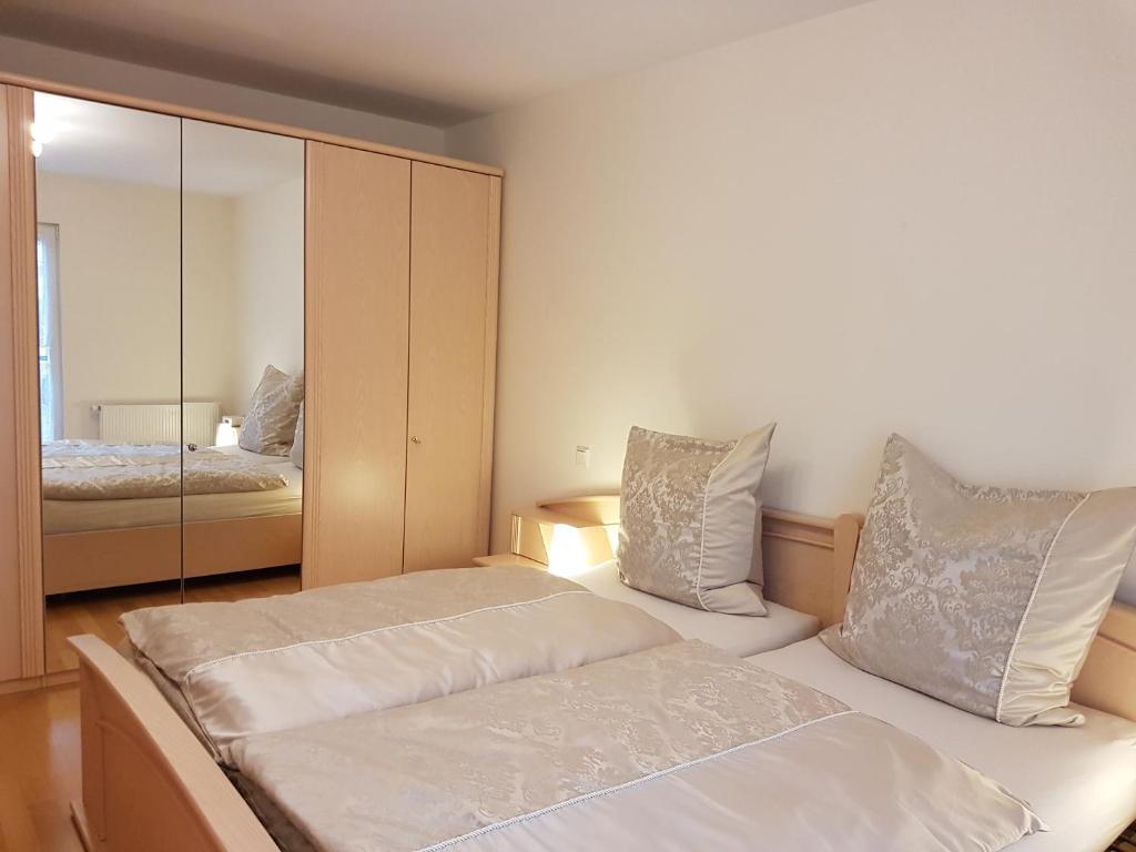 departamento ferienwohnung maria bad kissingen alemania. Black Bedroom Furniture Sets. Home Design Ideas