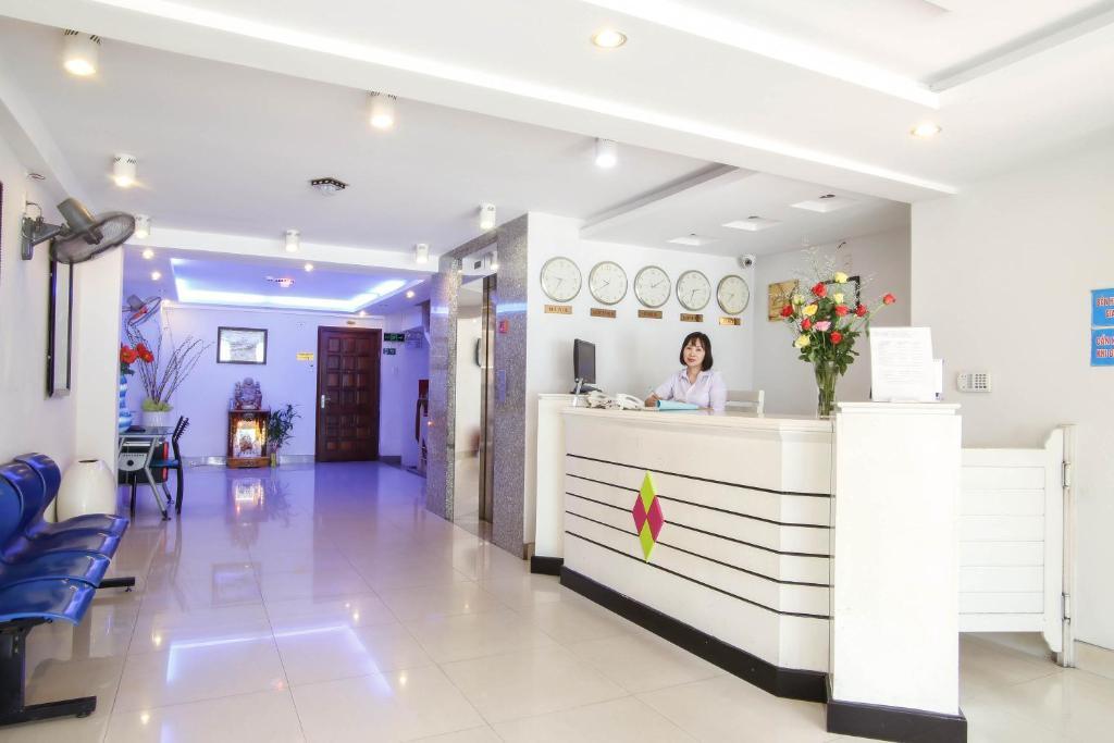 Khu vực sảnh/lễ tân tại Rainbow Hotel Da Nang